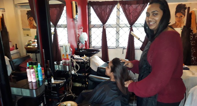Building Trust With Clients At R & J Hair And Beauty Salon