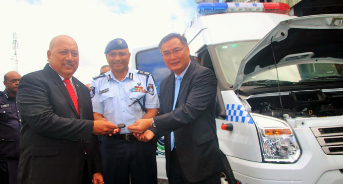 From left: Minister for Defence and National Security Ratu Inoke Kubuabola, Police Commissioner, Brigadier-General Sitiveni Qiliho and Chinese Ambassador to Fiji Zhang Ping during the handover on August 10, 2017. Photo: Police Media Cell