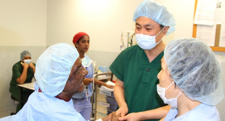 Koreans Here, Conduct Cataract Operations At Eye Institute