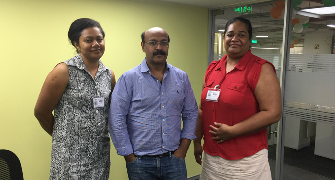 The Fiji Sun's Rosi Doviverata and Soko Vakacegu with Javed Sayed, Senior Editor of the Economic Times. The Economic Times is one of the biggest English-language business daily newspapers in the world.