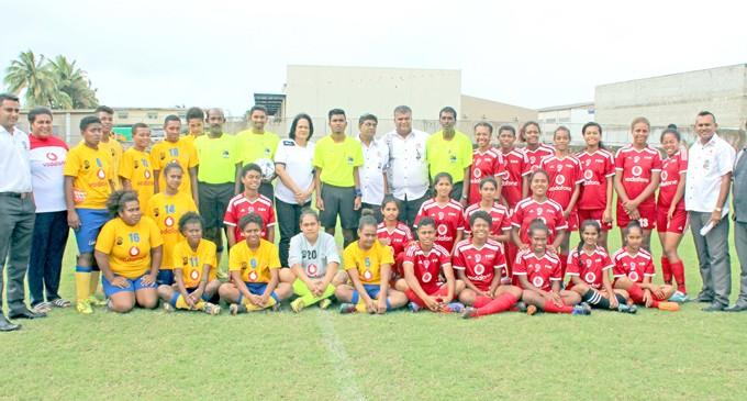 Minister Akbar launches Women's Senior League