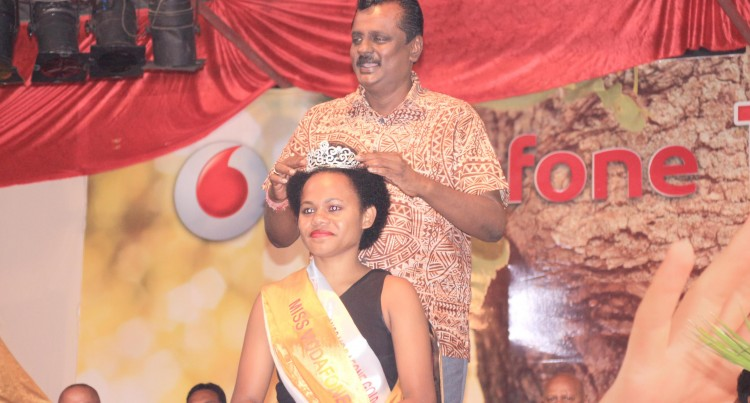 Bala Crowns Queen