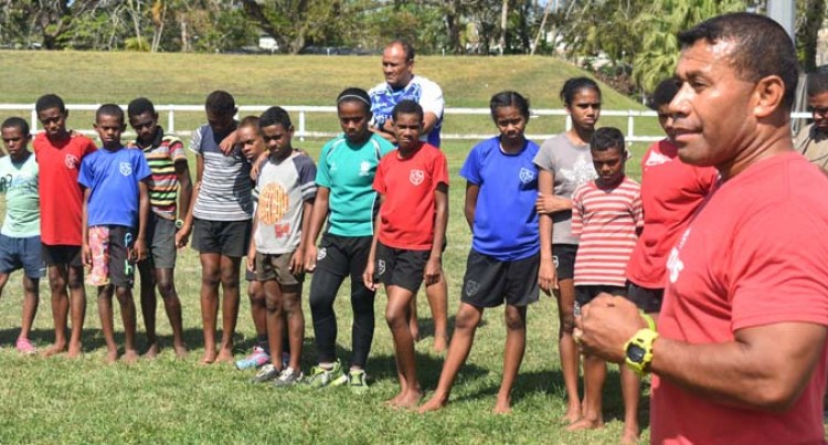 Serevi Backs Bid For Fiji In Hosting A Series Stop