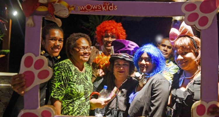 CANCER: WOWS Holds Charity Ball