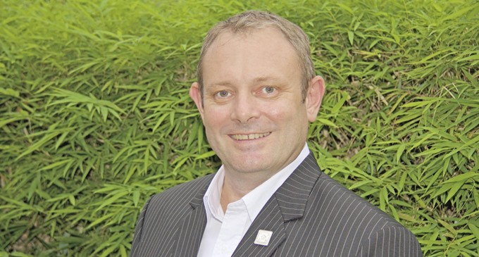 Walton Named South Pacific GM At HM Awards In Sydney.