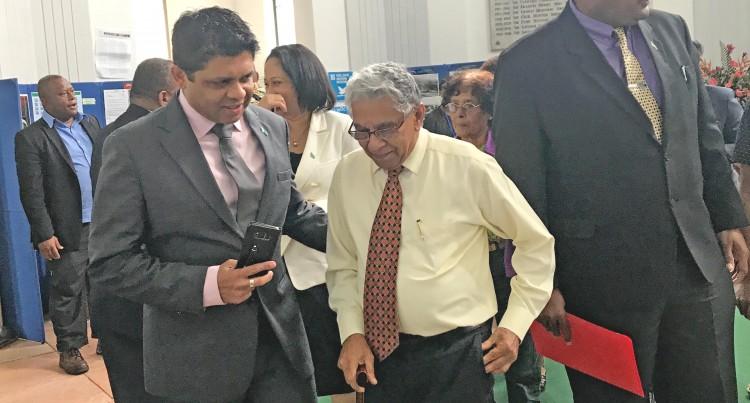 POLITICS:Dad, Acting Prime Minister's Big Fan