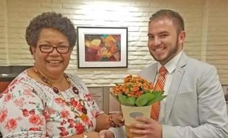 Honest Naiqama Returns  Extra Cash To Bank