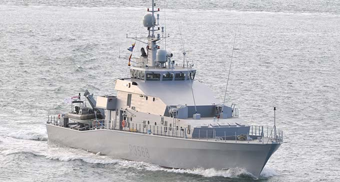 Fiji Navy Farewell HMNZS Hawea crew