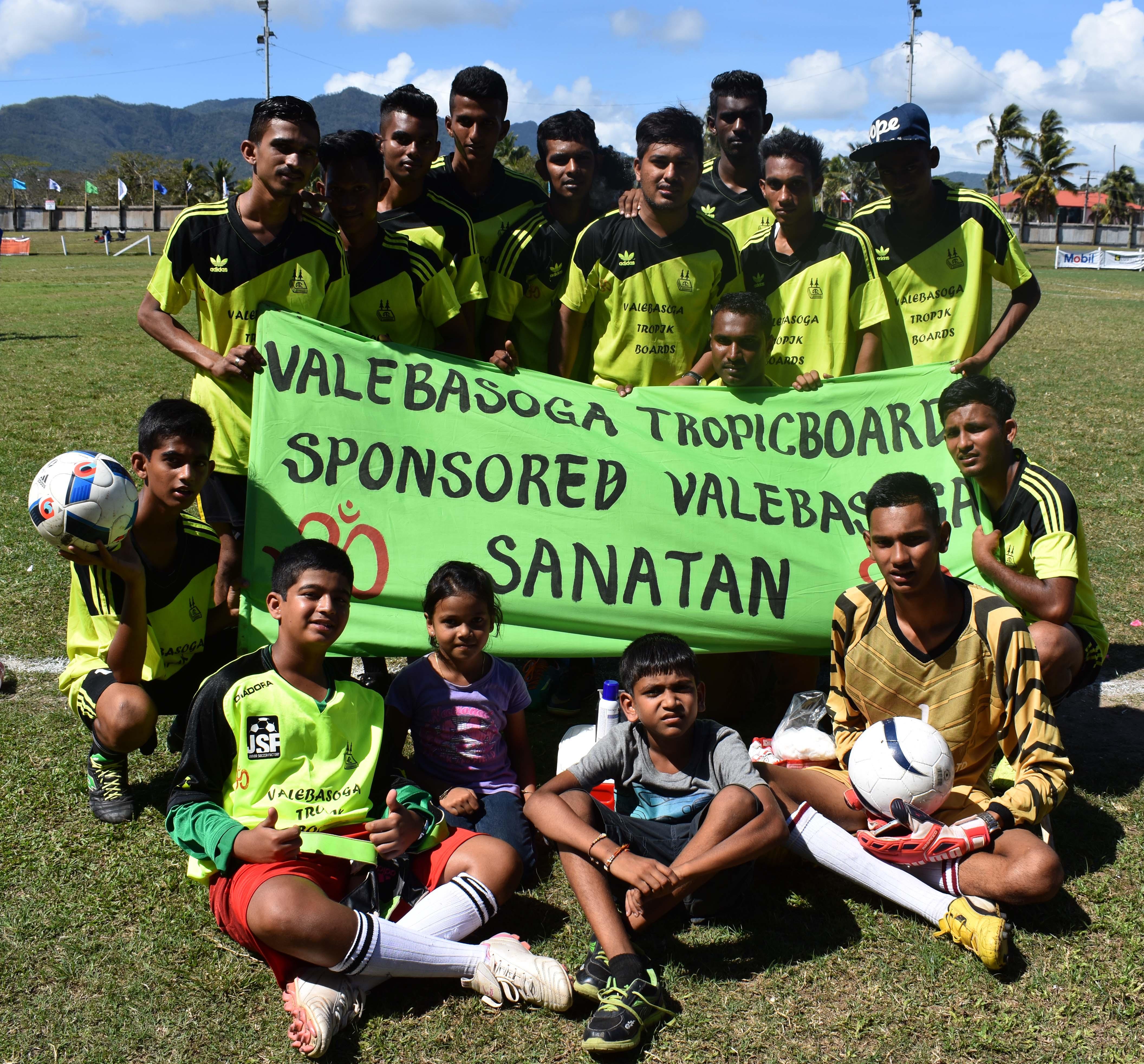 Valebasoga won the Best Dressed Team prize  during the Carpenters Finance Labasa Sanatan Tournament at Subrail Park in Labasa on September 2, 2017. Photo: Anjelene Mudaliar
