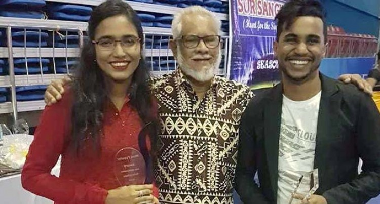 Singh is best in singing competition