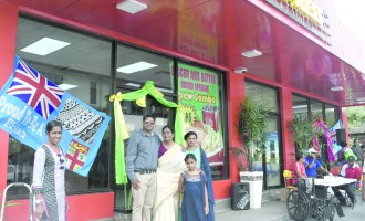 COMPLEX : New Mr Mobile, Chicken Express Outlet Offers Better Service