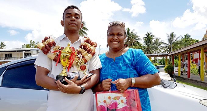 GRADUATION: Qiolevu Scoops A Number Of Awards