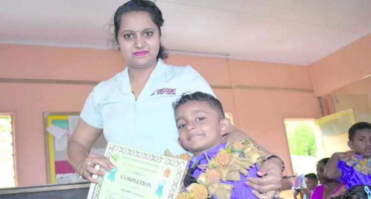 Eknash's award pleases mum