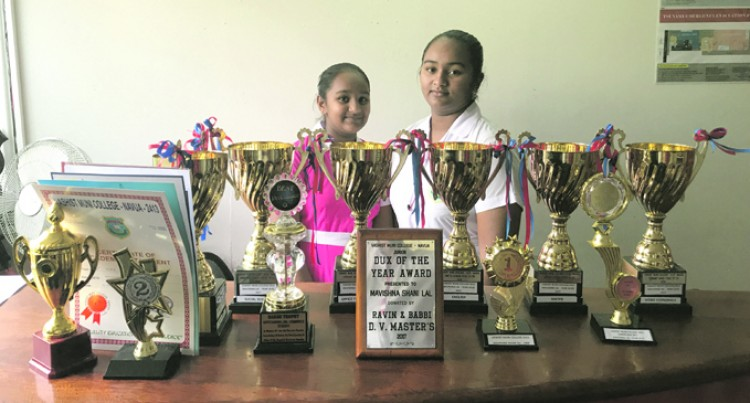 Junior Dux Sets Benchmark For Kid Sister