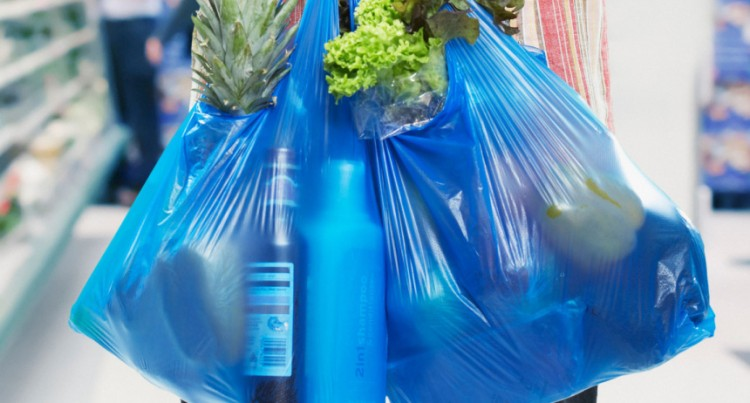 Service station operators witness drop in plastic bags