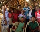 Vanuatu Fijians Form Cheering Squad