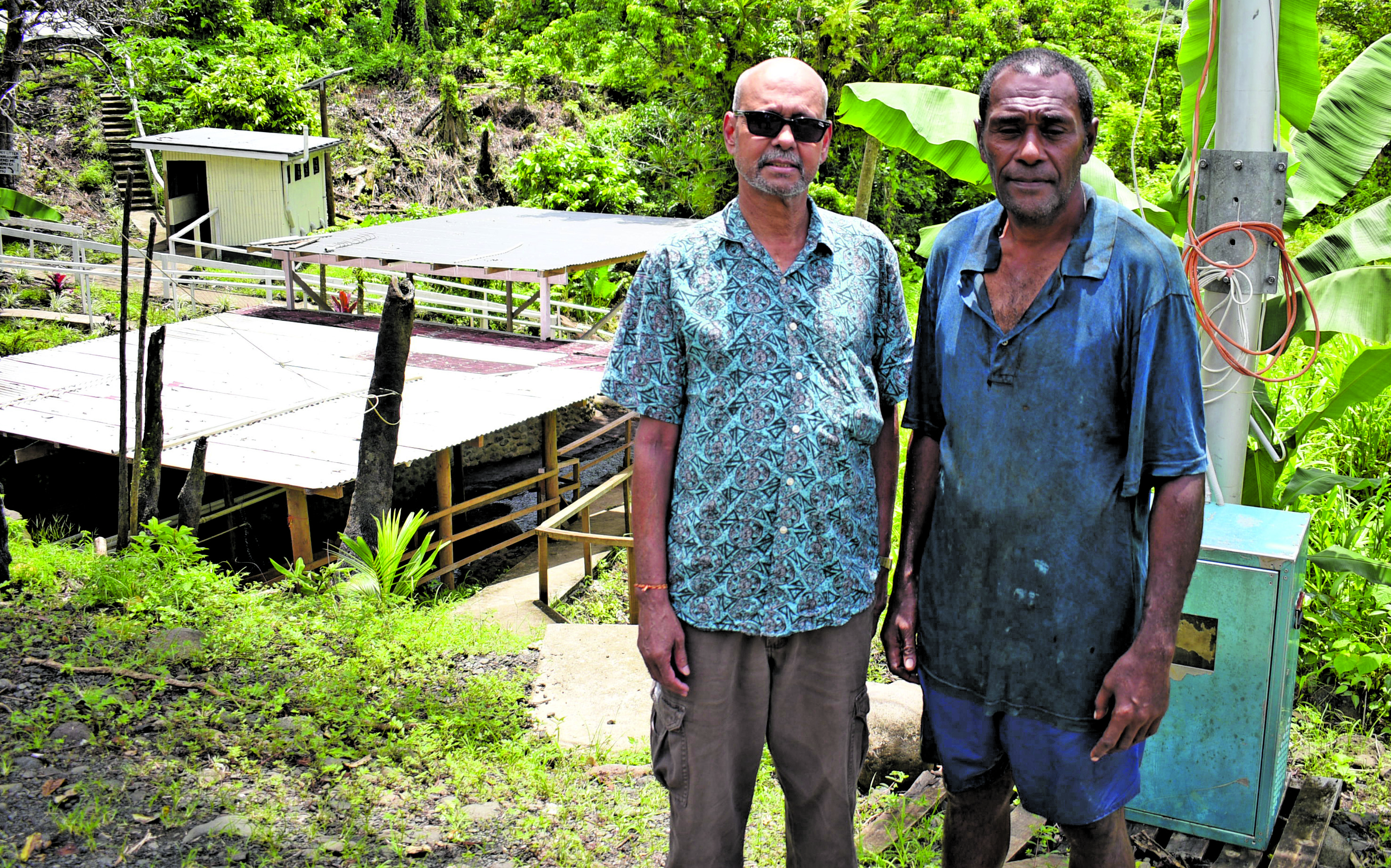 """Jack Singh, former Fijian resident and now residing in Sydney with Menausi Drogovale on his third visit to the """"healing"""" pond at Nat- adradave Village, Tailevu on December 27, 2017. Photo: Ronald Kumar"""