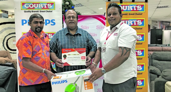 Fiji Sun Letter Winners Take Home Philips Electronic Prizes from Courts