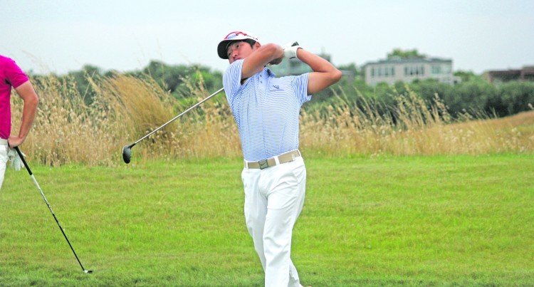 Lee Leads At Moonah Links