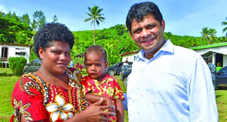 Young Winston Survivor Meets Govt Ministers