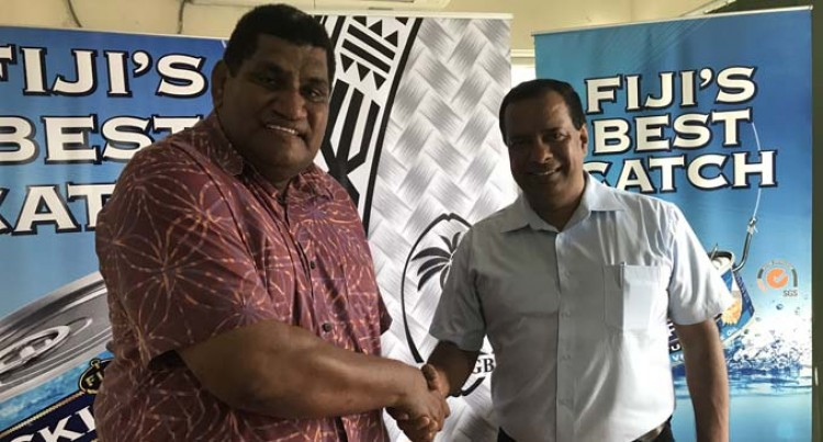 Rugby Gets Skipper Support