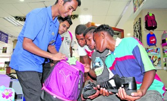 Organise School Shopping: Kumar