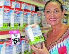 List Assists Businesswoman  In Her Shopping Sprees