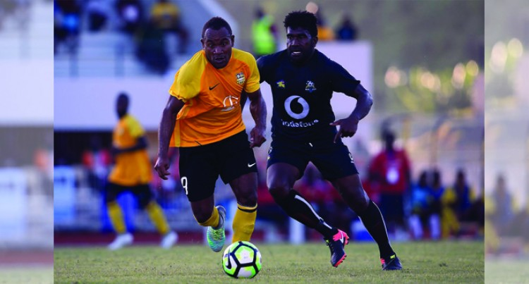 Ba's Tiwa Sees Red