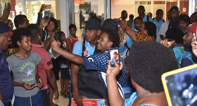 Fiji Airways 7s reps greeted by fans at the Nadi International Airport on February 5, 2018. Photo: Waisea Nasokia.
