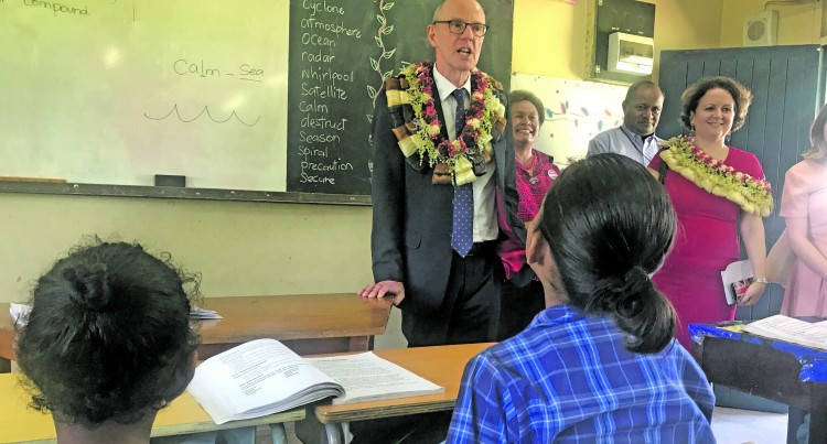 UK Minister Visits Nadi Airport School