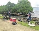 Polar Star Crew Help Clean Up Suva Foreshore