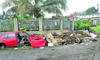 Akbar Worried About Rising Number of 'Convenient Rubbish Dumps'