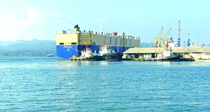 Japanese Car Ship Closely Inspected
