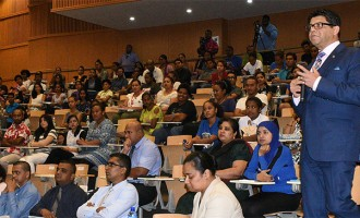 A-G guides students on grievance process