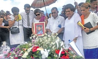 Dad Bids Fond Farewell For Daughter