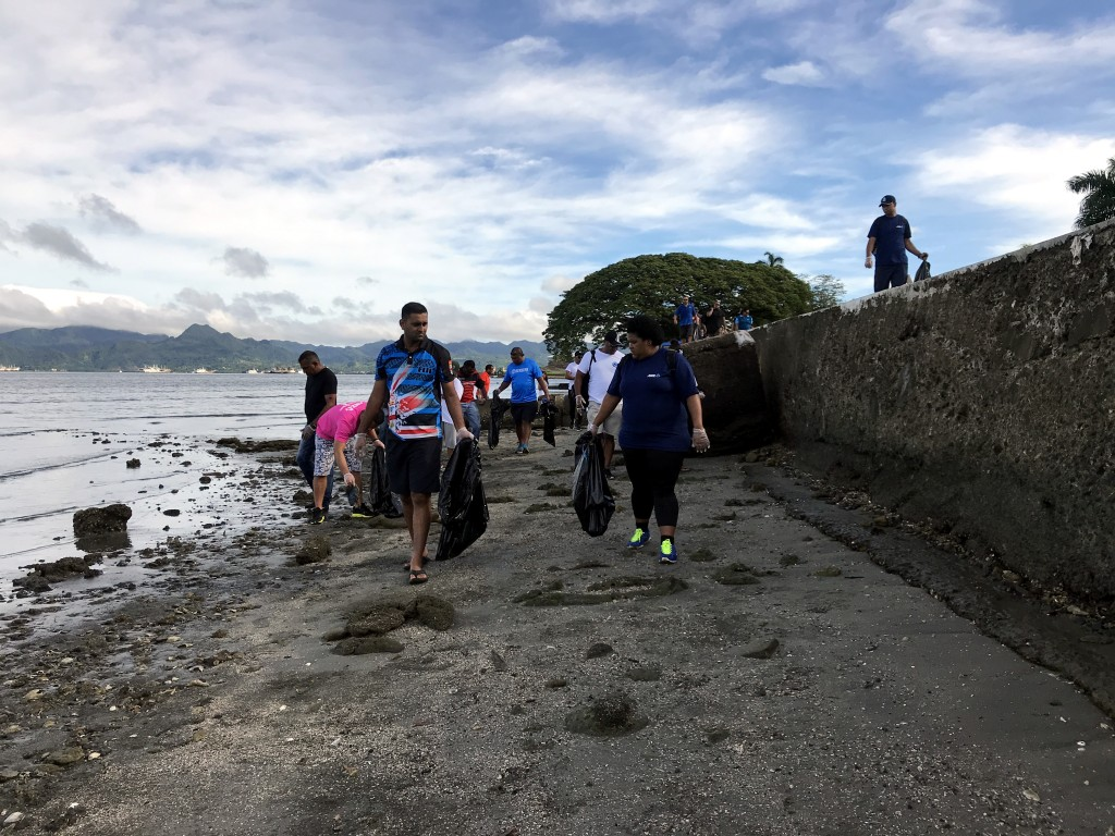 The staff of Ministry of for Industry, Trade, Tourism, Lands and Mineral Resources and ANZ Bank cleaned the Suva Foreshore on March 10 2018. Photo: Ashna Kumar