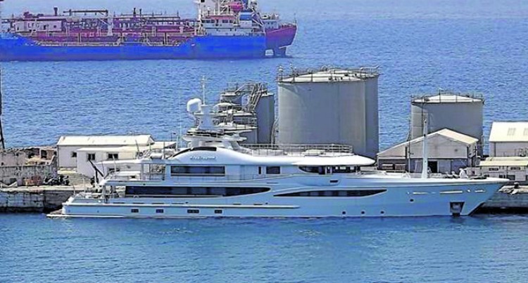Super Yacht Driftwood Attracts Attention