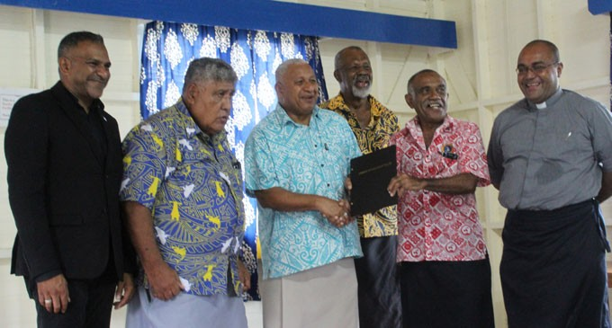 PM Hands Lease Title To RKS Old Scholars Association