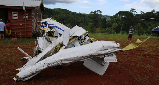 Wreckage from the Cessna 172 plane that crashed into the Delaikoro ridge. Photo: DEPTFO News
