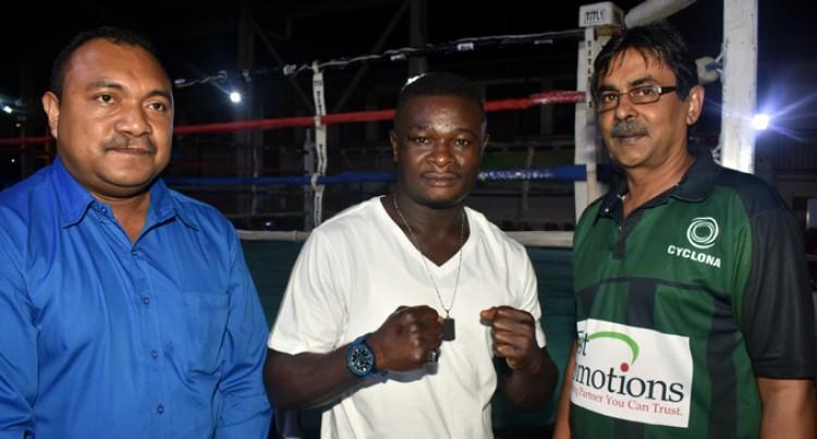Kwadjo Meets Vanuatu Champ Kali