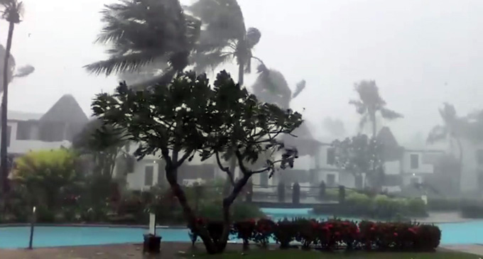 The weather intensifies on Denarau Island, Nadi on April 10, 2018.
