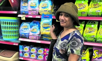 Shopper Warns Others Of Sales Gimmick