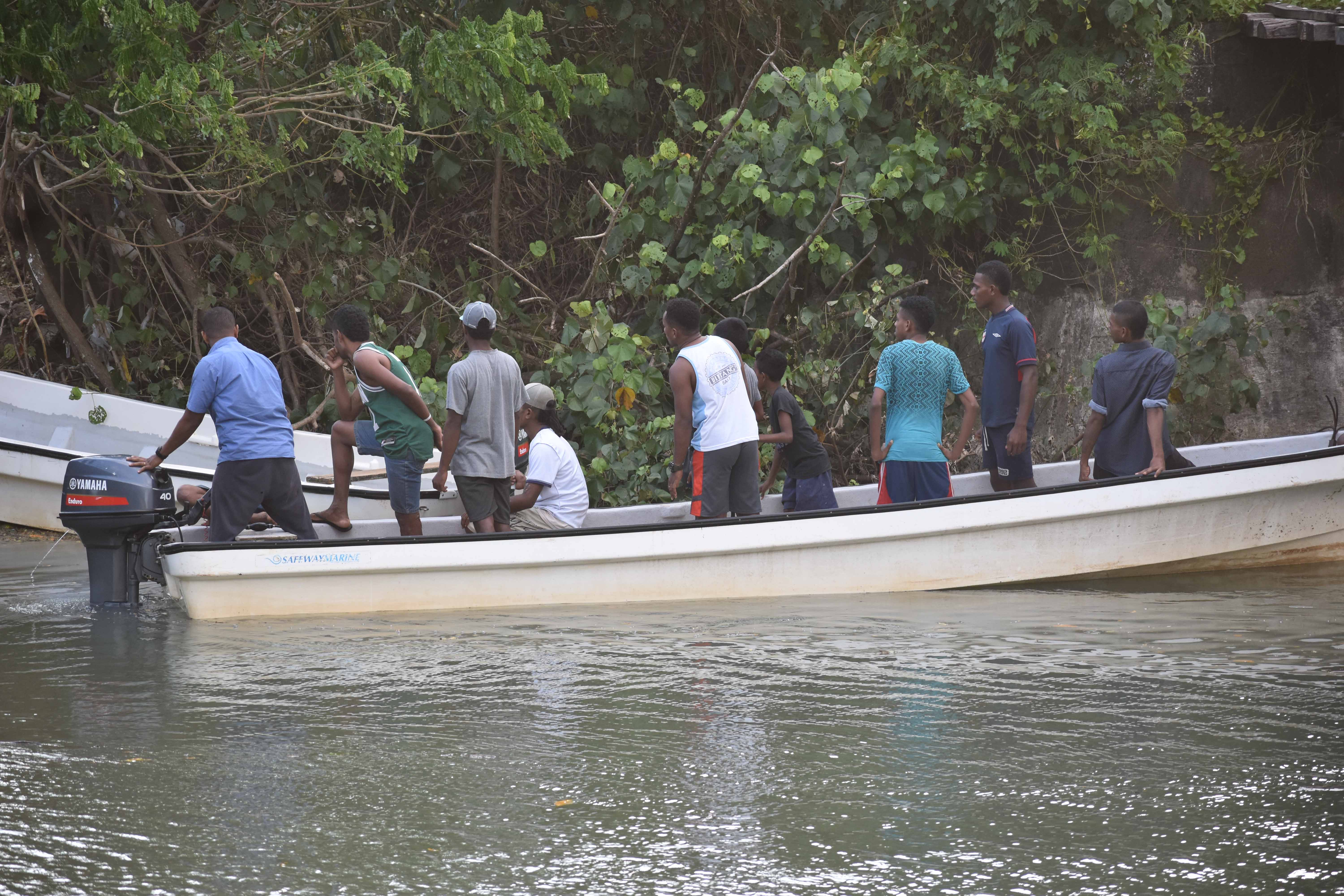 The search party looking for Devesi Devulu Vosadrau at the Qawa River in Labasa on April 15, 2018. Photo: Wati Talebula.