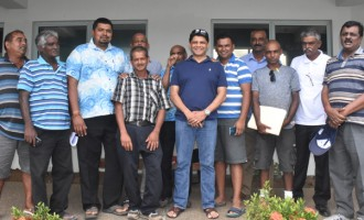 Govt Praises Groups For Help To Fijians
