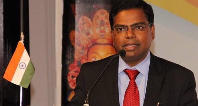 Fraudsters at work, diplomat warns