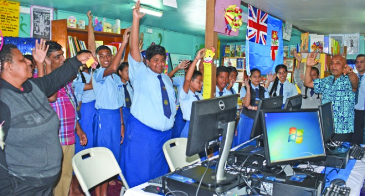 ANZ Bank Gifts Students New Computers, Printer