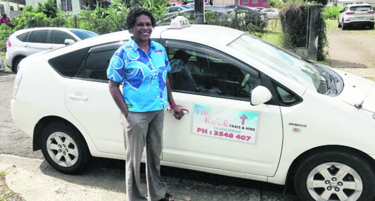 Customer Service Stint Boosts Woman Cabbie's Business