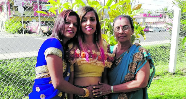 Shayal defers celebration to Mother's Day