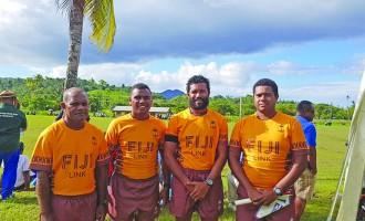 New uniforms make refs look smart: Lee