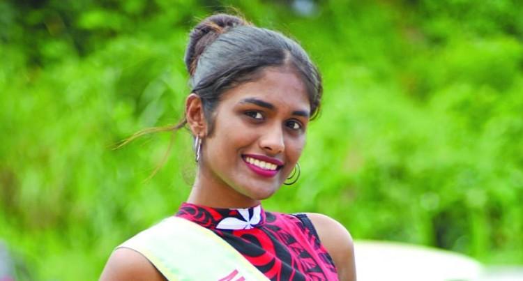 Namrata Pays Tribute To Parents